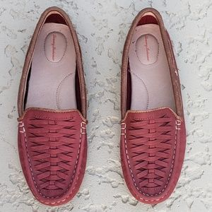 Tommy Bahama EUC leather loafers size 9.5